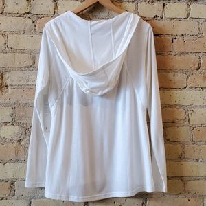Lucy Tops - Lucy Surrender Pullover